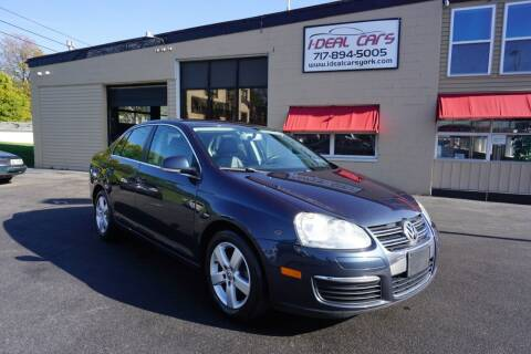 2009 Volkswagen Jetta for sale at I-Deal Cars LLC in York PA