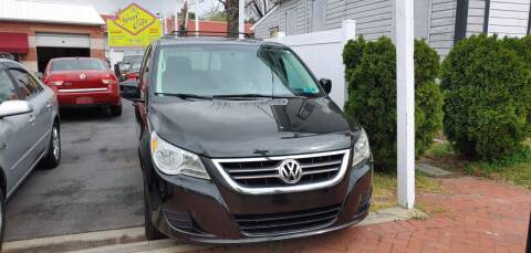 2012 Volkswagen Routan for sale at Great Cars in Middletown DE