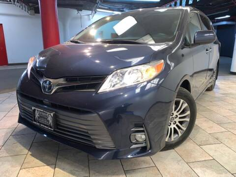2018 Toyota Sienna for sale at EUROPEAN AUTO EXPO in Lodi NJ