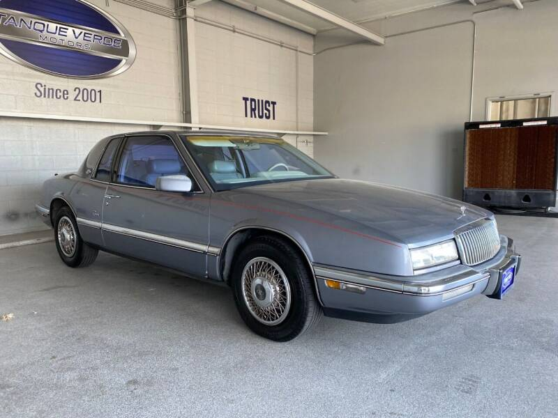 1990 Buick Riviera for sale at TANQUE VERDE MOTORS in Tucson AZ