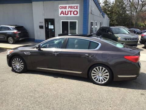 2015 Kia K900 for sale at One Price Auto in Mount Clemens MI