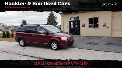 2008 Chrysler Town and Country for sale at Hackler & Son Used Cars in Red Lion PA