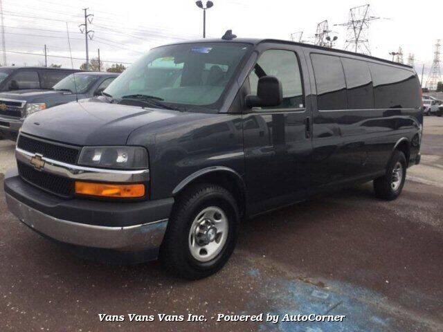 2017 Chevrolet Express Passenger LT 3500 3dr Extended Passenger Van - Blauvelt NY