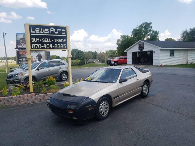 1986 Mazda RX-7 for sale at LEWIS AUTO in Mountain Home AR