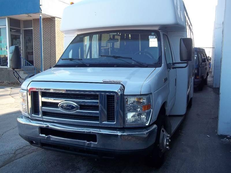2010 Ford E-Series Chassis for sale at Royal Motors - 33 S. Byrne Rd Lot in Toledo OH