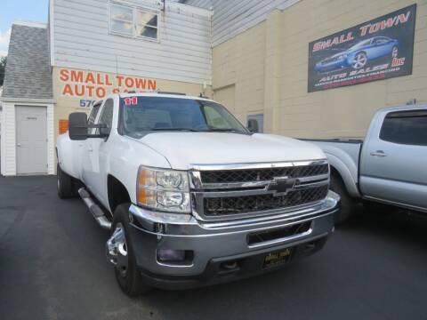 2011 Chevrolet Silverado 3500HD for sale at Small Town Auto Sales in Hazleton PA