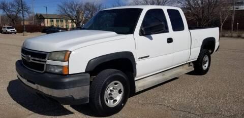2007 Chevrolet Silverado 2500HD Classic for sale at JC Auto Sales LLC in Wichita KS