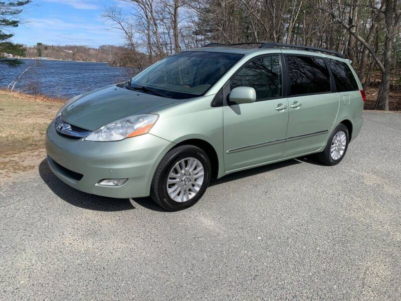 2009 Toyota Sienna for sale at Elite Pre-Owned Auto in Peabody MA