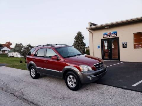 2005 Kia Sorento for sale at Hackler & Son Used Cars in Red Lion PA