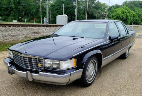 1993 Cadillac Fleetwood for sale at JACKSON LEASE SALES & RENTALS in Jackson MS