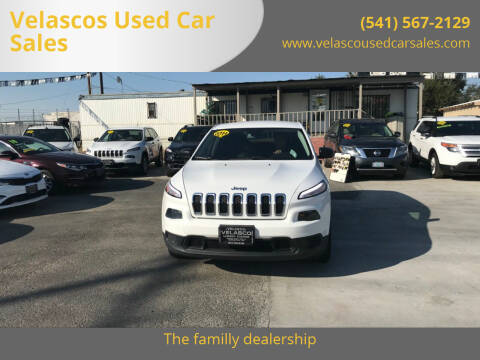 2014 Jeep Cherokee for sale at Velascos Used Car Sales in Hermiston OR