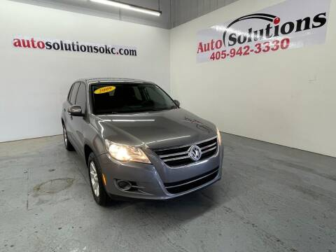 2009 Volkswagen Tiguan for sale at Auto Solutions in Warr Acres OK