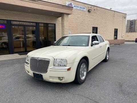 2005 Chrysler 300 for sale at Va Auto Sales in Harrisonburg VA