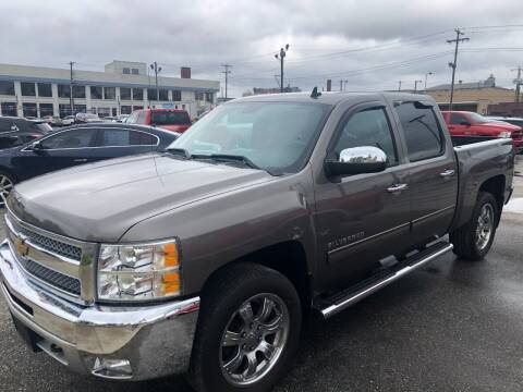 2013 Chevrolet Silverado 1500 for sale at Kramer Motor Co INC in Shelbyville IN