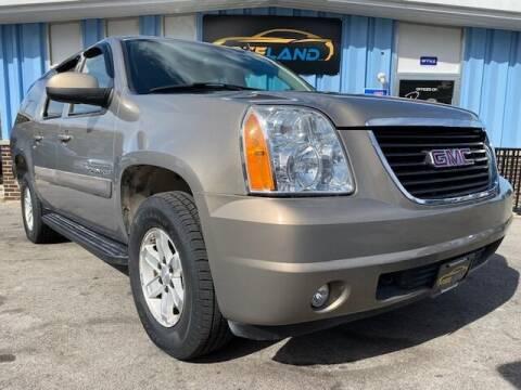 2007 GMC Yukon XL for sale at Freeland LLC in Waukesha WI