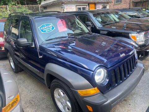 2007 Jeep Liberty for sale at ARXONDAS MOTORS in Yonkers NY