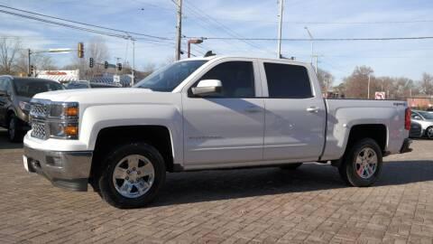 2015 Chevrolet Silverado 1500 for sale at Cars-KC LLC in Overland Park KS