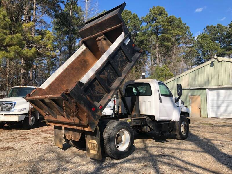 2005 GMC C8500 for sale at M & W MOTOR COMPANY in Hope AR