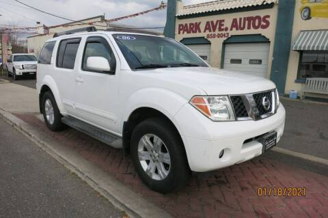 2006 Nissan Pathfinder for sale at PARK AVENUE AUTOS in Collingswood NJ