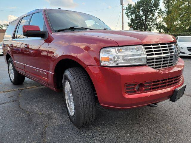 2014 Lincoln Navigator for sale at Dixie Automart LLC in Hamilton OH