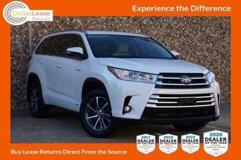 2017 Toyota Highlander Hybrid for sale at Dallas Auto Finance in Dallas TX