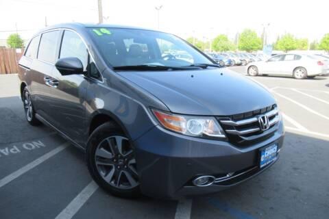 2014 Honda Odyssey for sale at Choice Auto & Truck in Sacramento CA