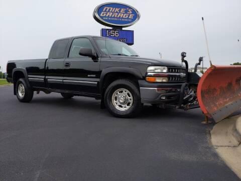 2000 Chevrolet Silverado 2500 for sale at Monkey Motors in Faribault MN