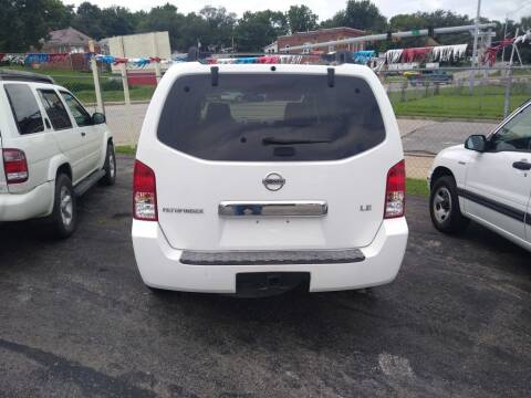 2006 Nissan Pathfinder for sale at Jak's Preowned Autos in Saint Joseph MO