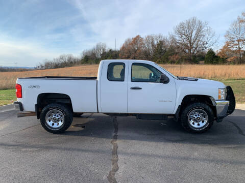 2013 Chevrolet Silverado 2500HD for sale at V Automotive in Harrison AR