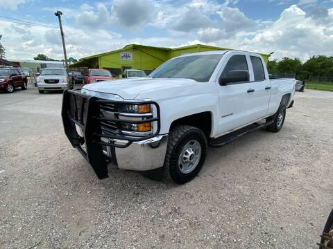 2015 Chevrolet Silverado 2500HD for sale at RODRIGUEZ MOTORS CO. in Houston TX