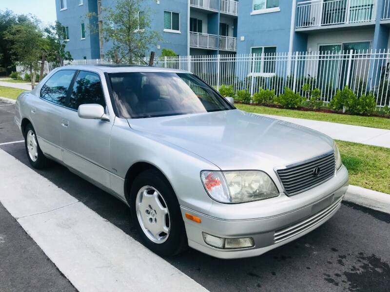 2000 Lexus LS 400 for sale in Miami, FL