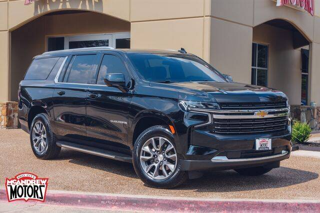2021 Chevrolet Suburban for sale at Mcandrew Motors in Arlington TX