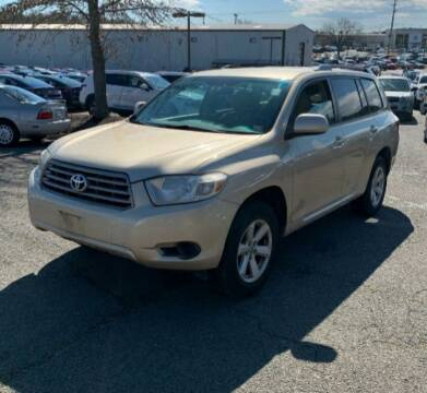 2010 Toyota Highlander for sale at BSA Pre-Owned Autos LLC in Hinton WV