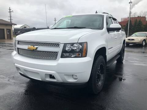 2010 Chevrolet Avalanche for sale at Mike's Budget Auto Sales in Cadillac MI