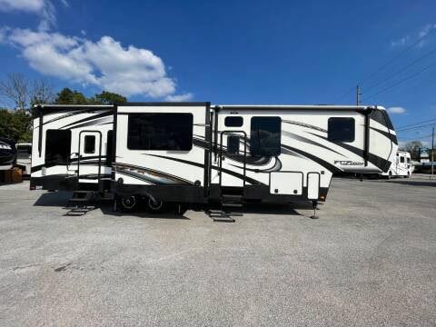 2015 Keystone Fuzion TOY HAULER for sale at CHATTANOOGA CAMPER SALES in Chattanooga TN