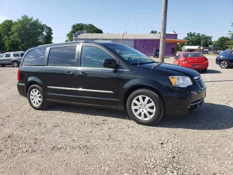 2014 Chrysler Town and Country for sale at BROTHERS AUTO SALES in Eagle Grove IA