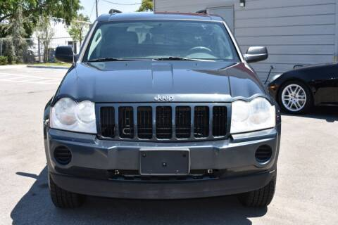 2007 Jeep Grand Cherokee for sale at Mix Autos in Orlando FL