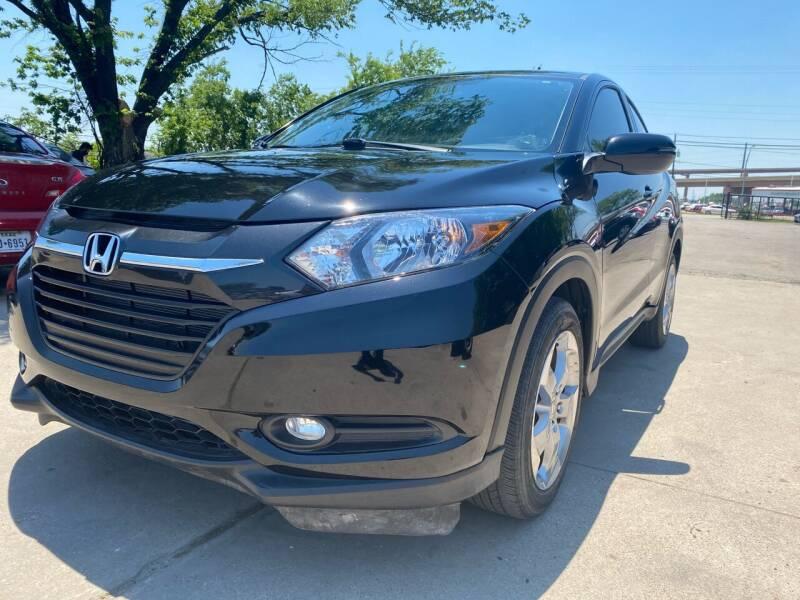 2017 Honda HR-V for sale at Makka Auto Sales in Dallas TX