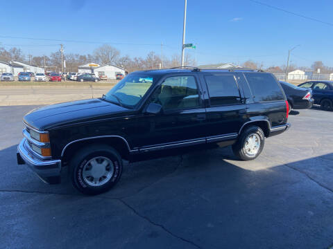 1999 Chevrolet Tahoe for sale at Clarks Auto Sales in Middletown OH