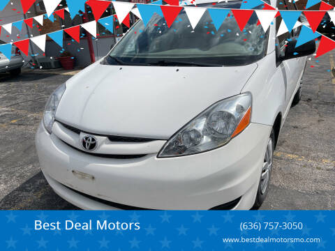2006 Toyota Sienna for sale at Best Deal Motors in Saint Charles MO