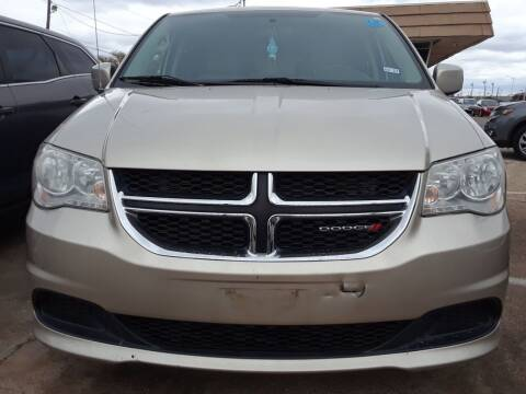 2012 Dodge Grand Caravan for sale at Auto Haus Imports in Grand Prairie TX