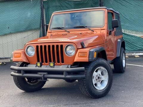 2002 Jeep Wrangler for sale at Illinois Auto Sales in Paterson NJ