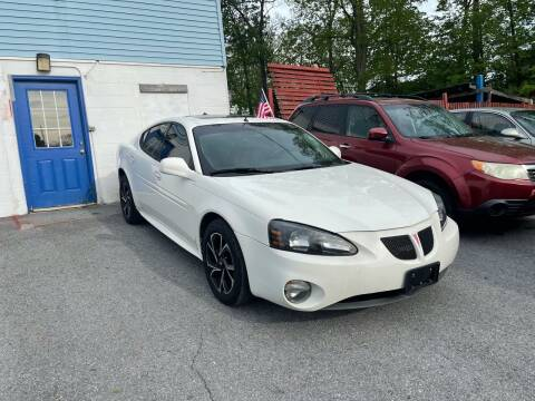 2004 Pontiac Grand Prix for sale at Noble PreOwned Auto Sales in Martinsburg WV
