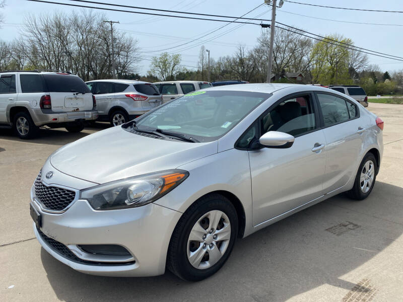 2015 Kia Forte for sale at CarNation Auto Group in Alliance OH
