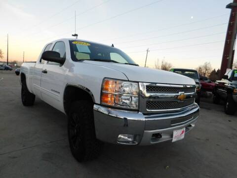 2013 Chevrolet Silverado 1500 for sale at AP Auto Brokers in Longmont CO