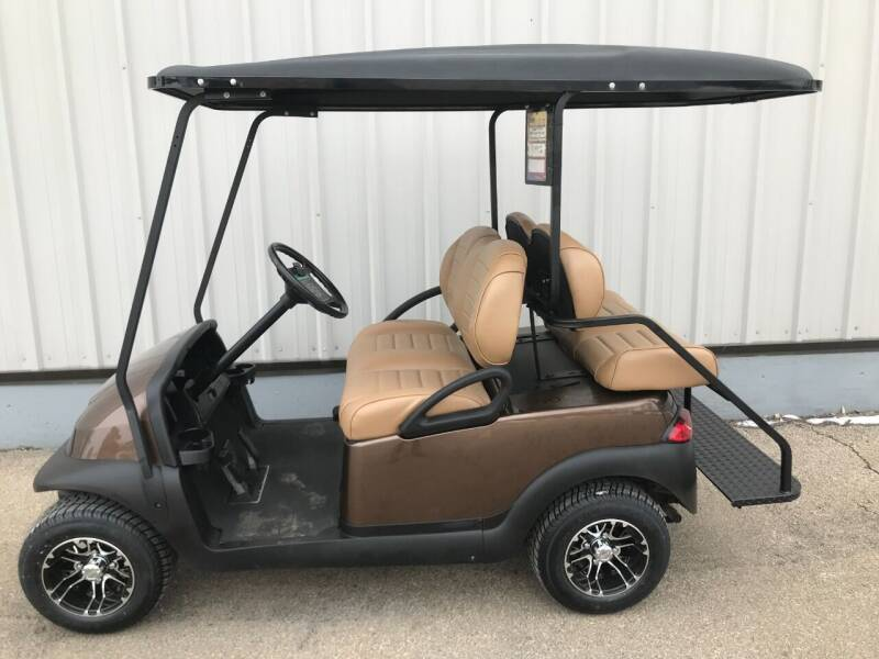 2006 Club Car Precedent for sale at Jim's Golf Cars & Utility Vehicles - Reedsville Lot in Reedsville WI