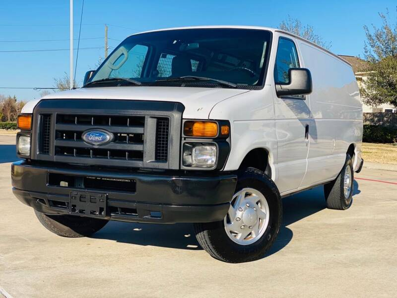 2013 Ford E-Series Cargo for sale at AUTO DIRECT in Houston TX