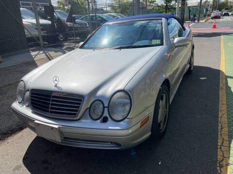 2001 Mercedes-Benz CLK for sale at DEALS ON WHEELS in Newark NJ