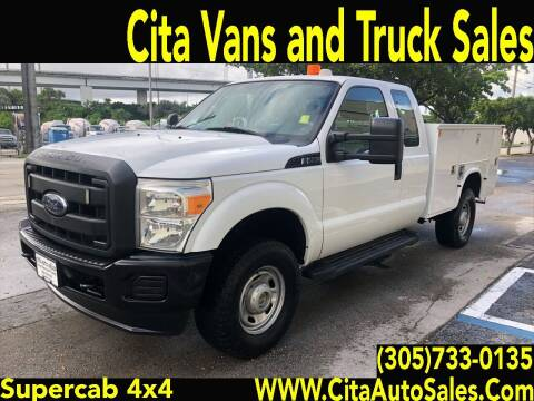 2012 FORD F-250 SUPERCAB 4X4 UTILITY TRUCK for sale at Cita Auto Sales in Medley FL