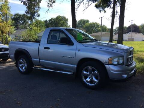 2003 Dodge Ram Pickup 1500 for sale at Antique Motors in Plymouth IN